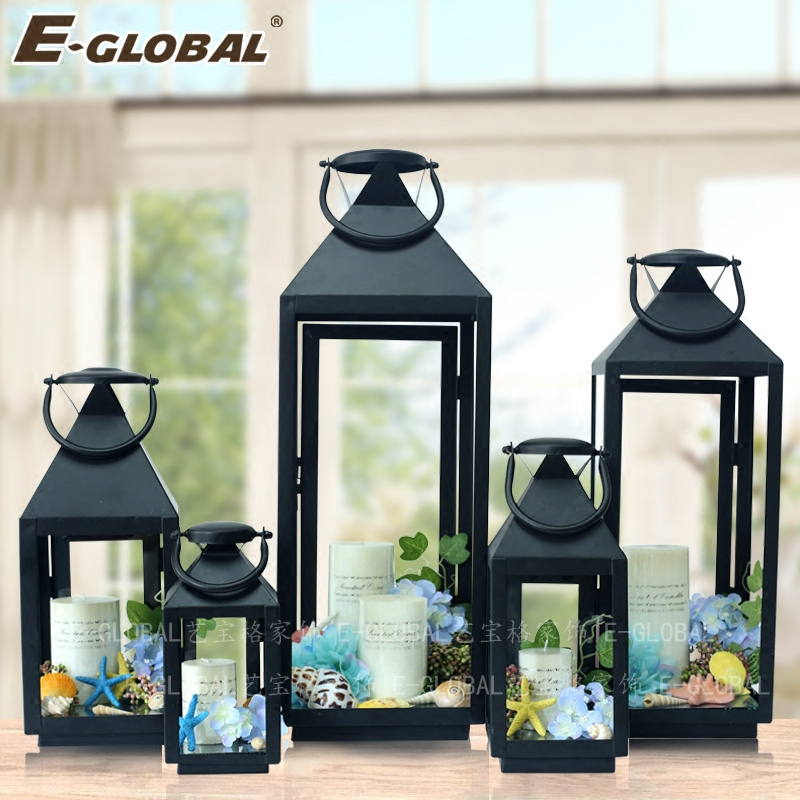 Continental floor lamp wrought iron patio outdoor windproof lantern lantern large candle holders vintage glass ornaments