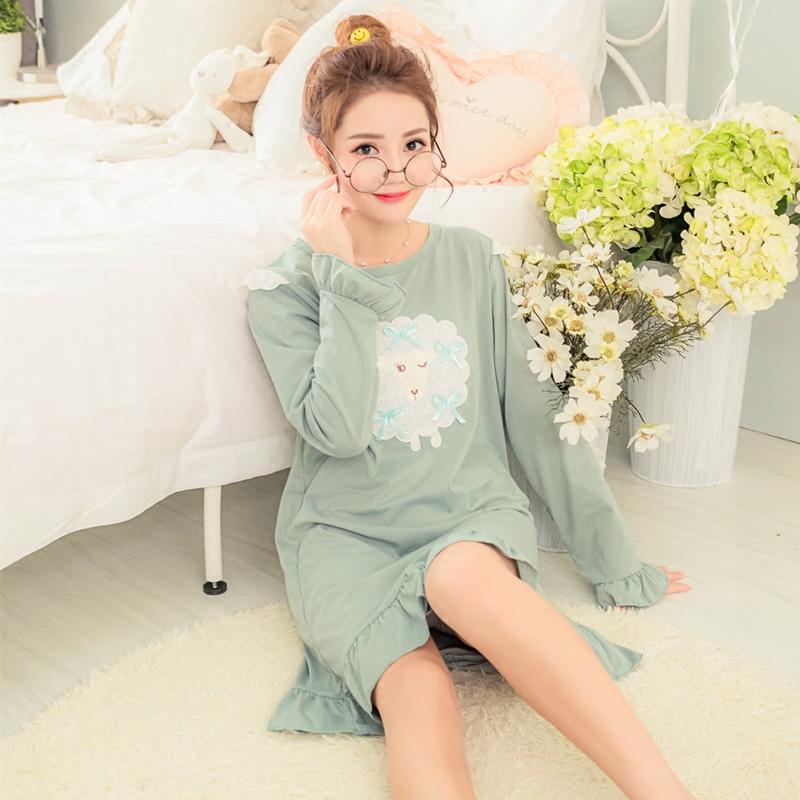 Spring and autumn long sleeve cotton nightgown pajamas skirt korean version of the small sheep adorable cute cartoon lady full of cotton dress casual home